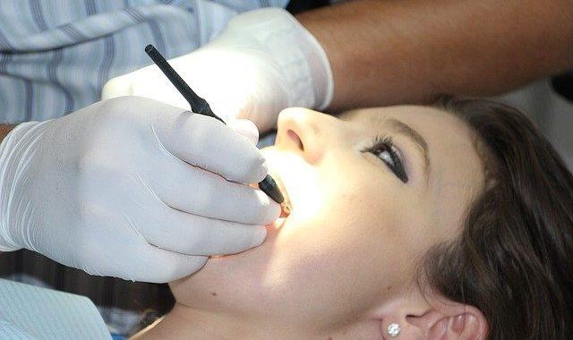 modrostni zobje